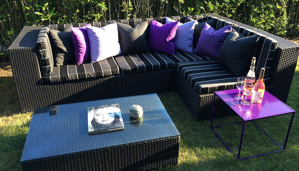 purple outdoor accents