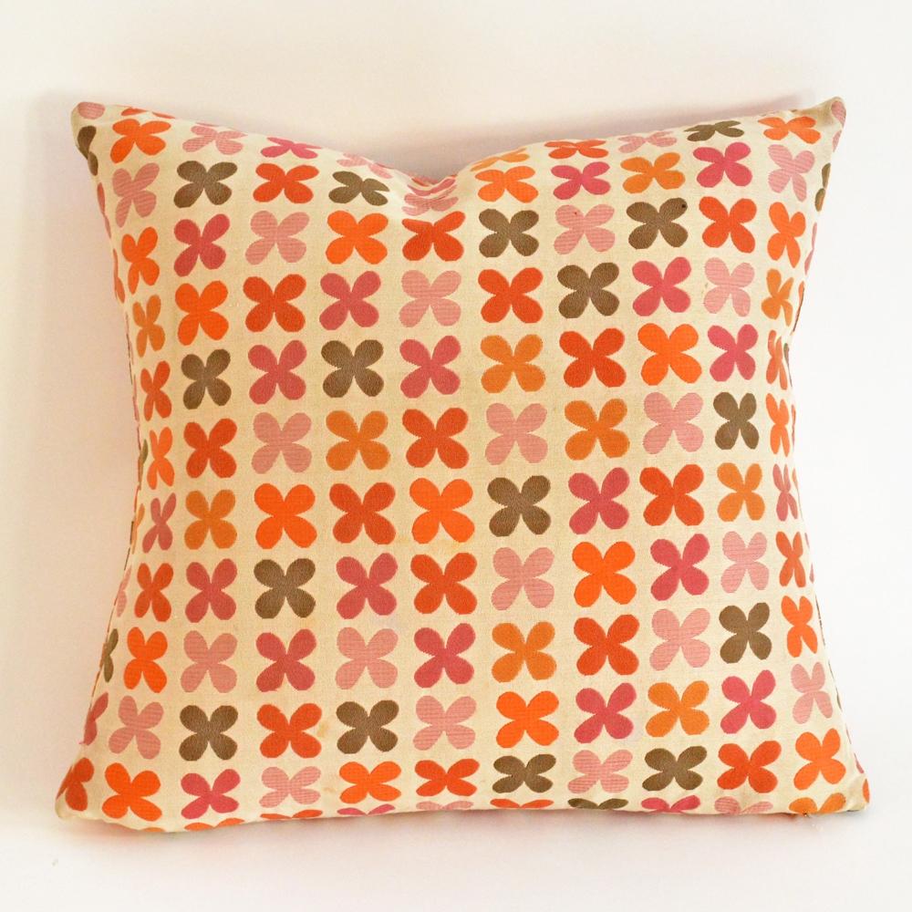 quatrefoile pillow