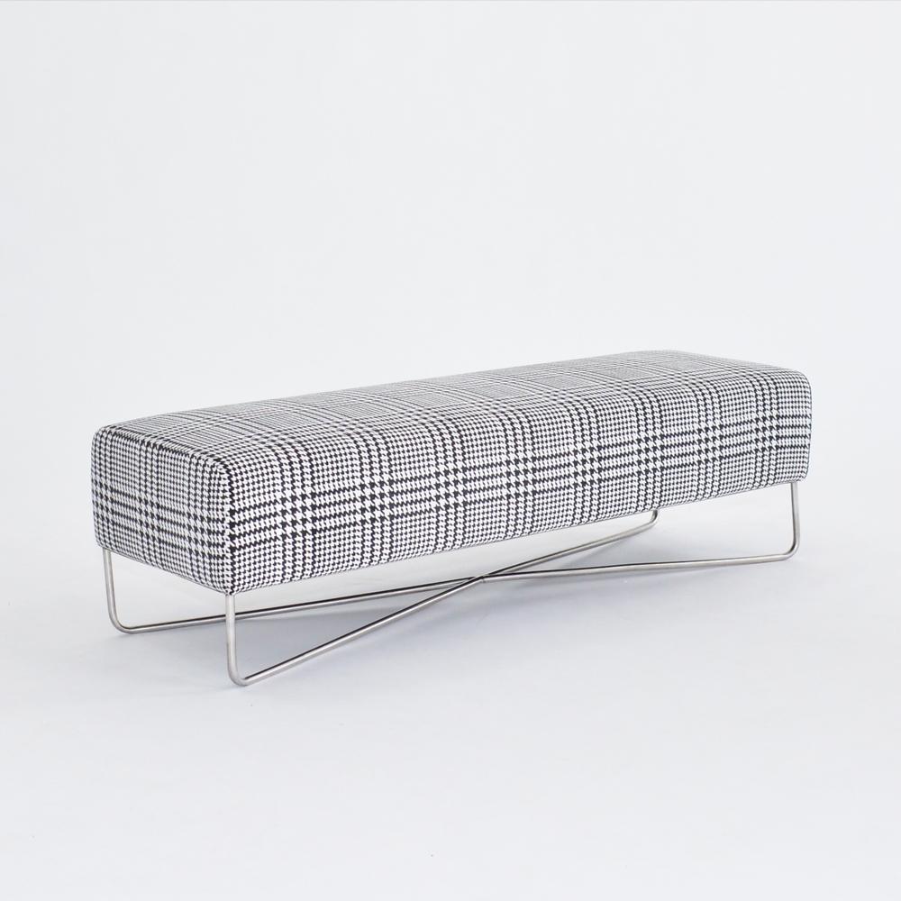 balance bench plaid