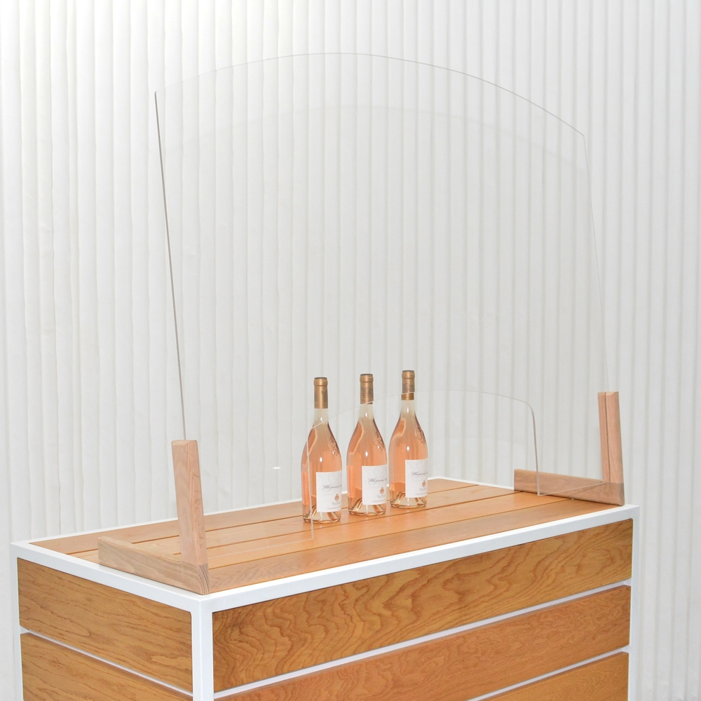 wine me up shield- L-feet- oak