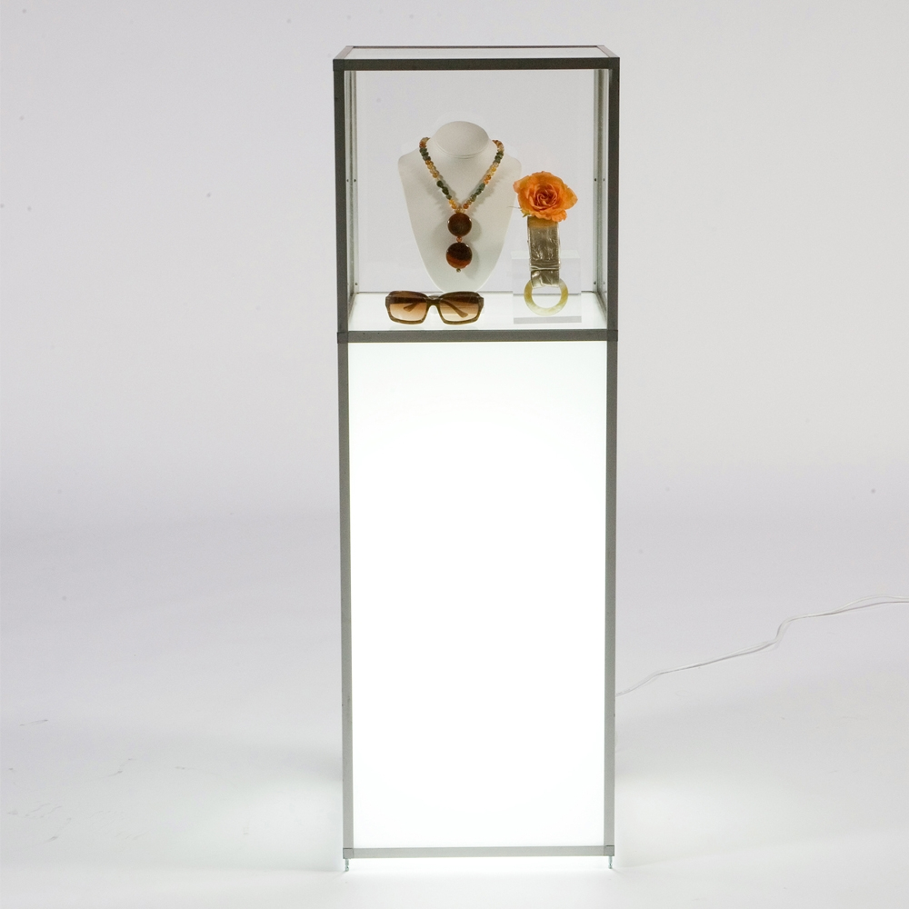 lit display vitrine