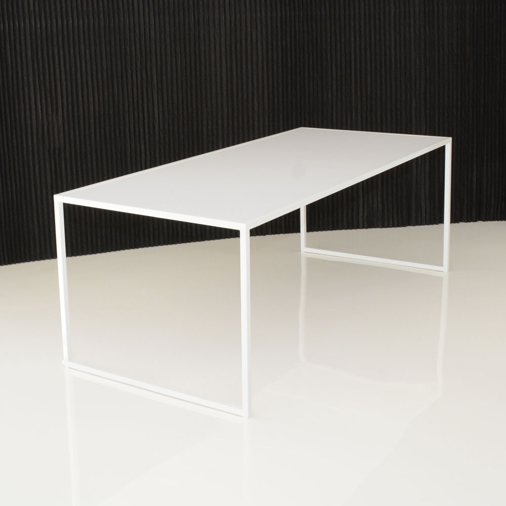 pawson table