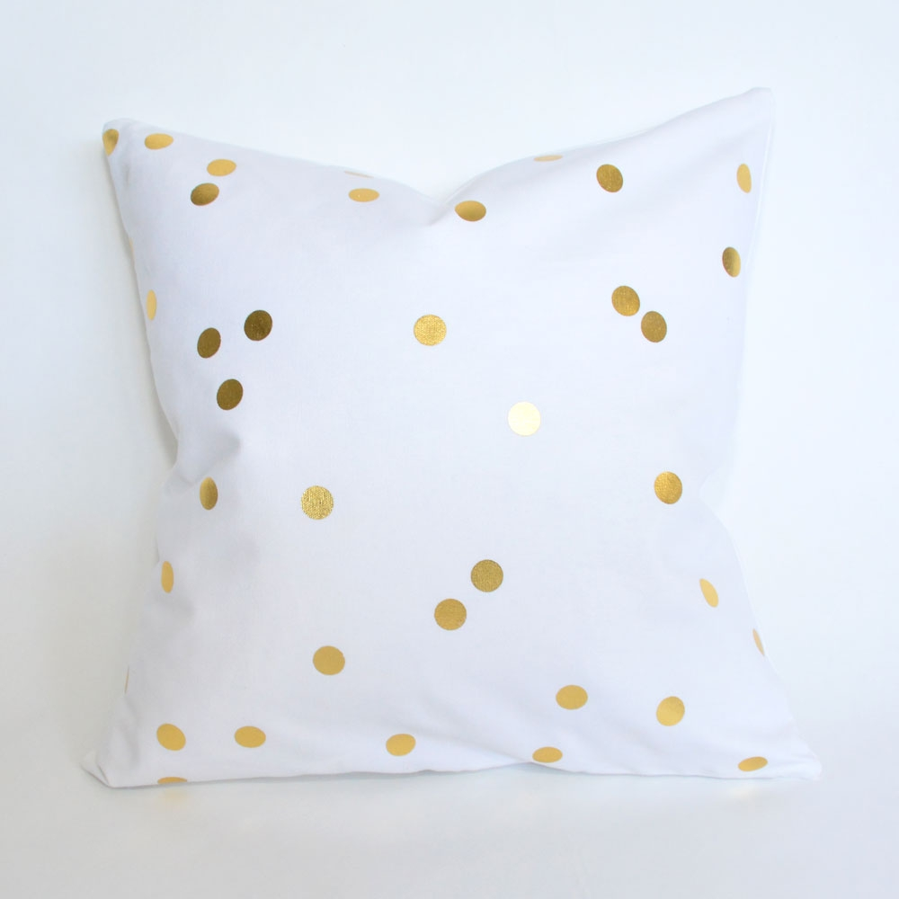 bee dot pillow