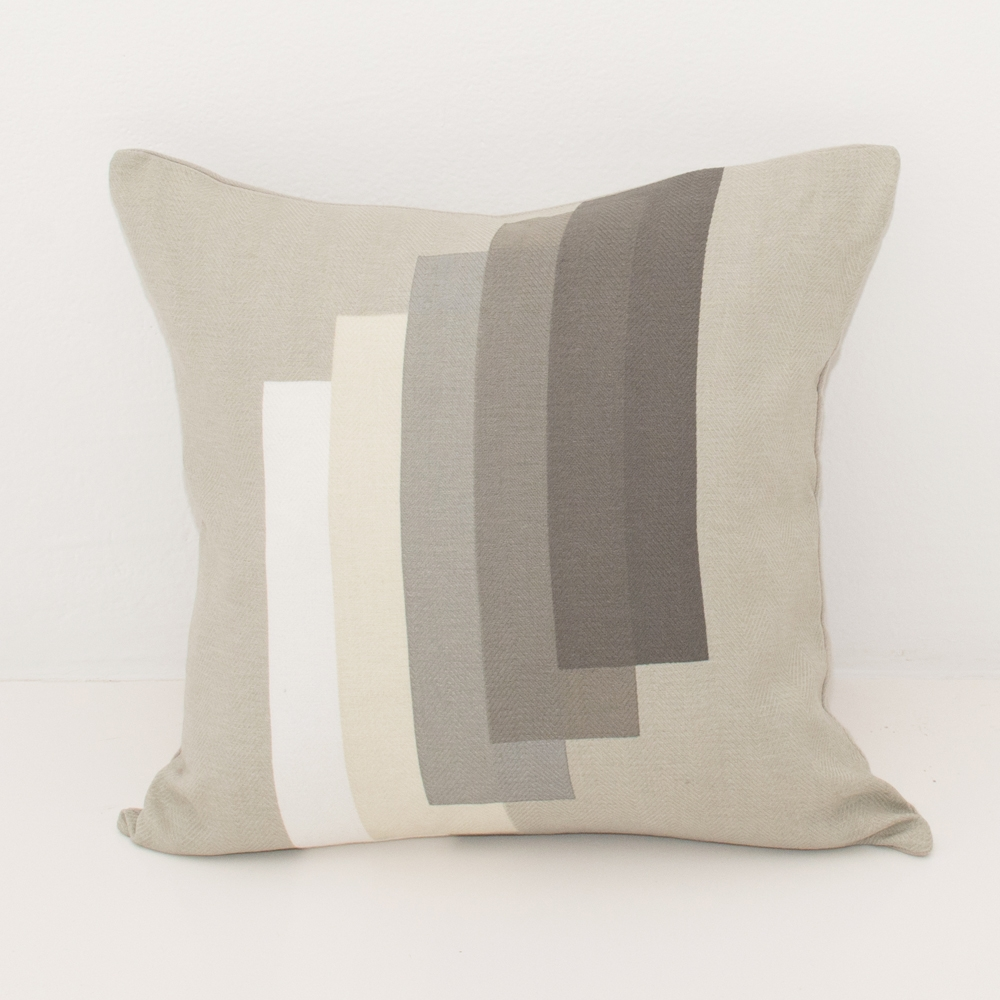 josef pillow