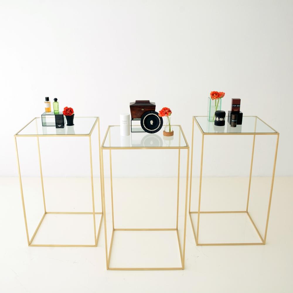 maxwell square pedestal clear glass