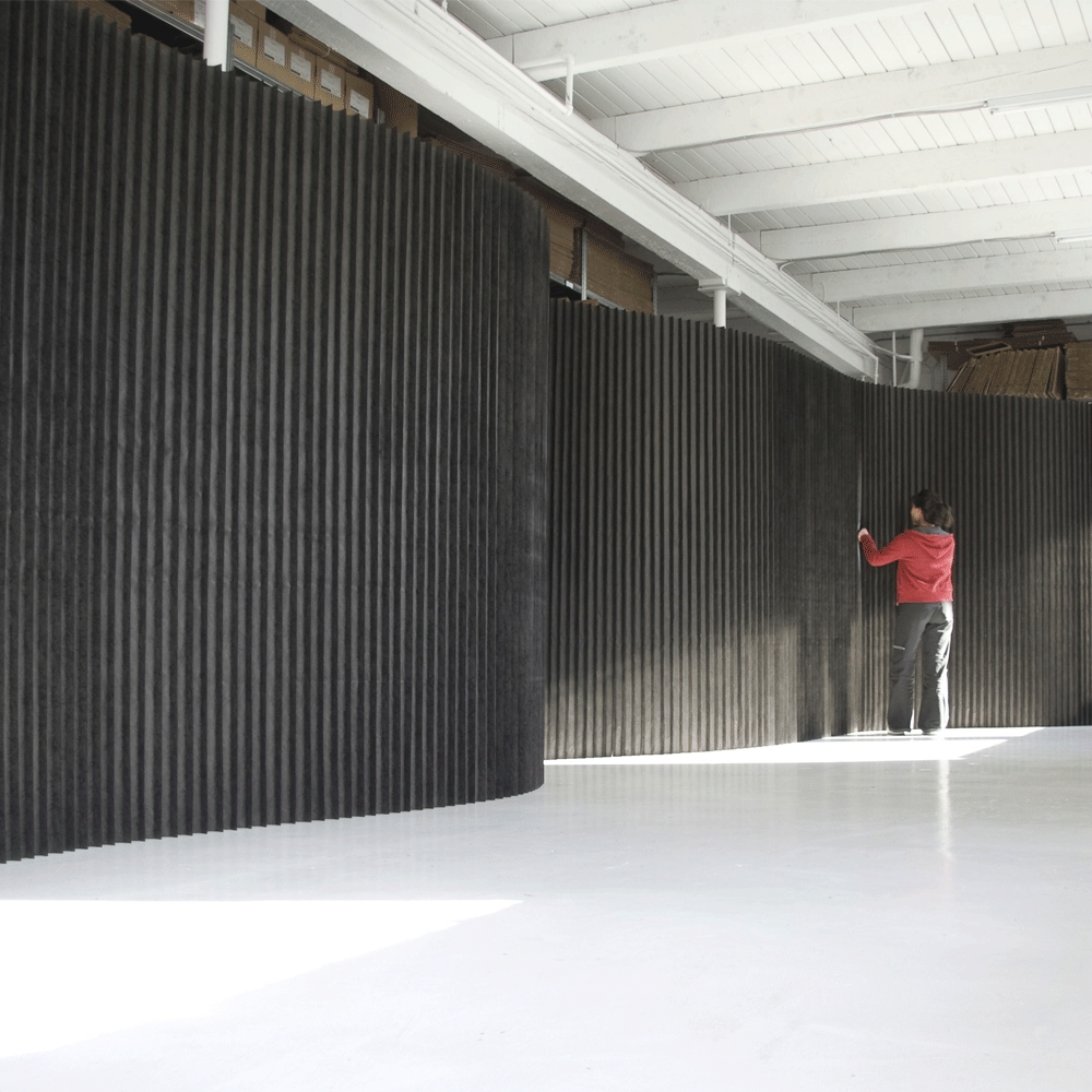 8' softwall black